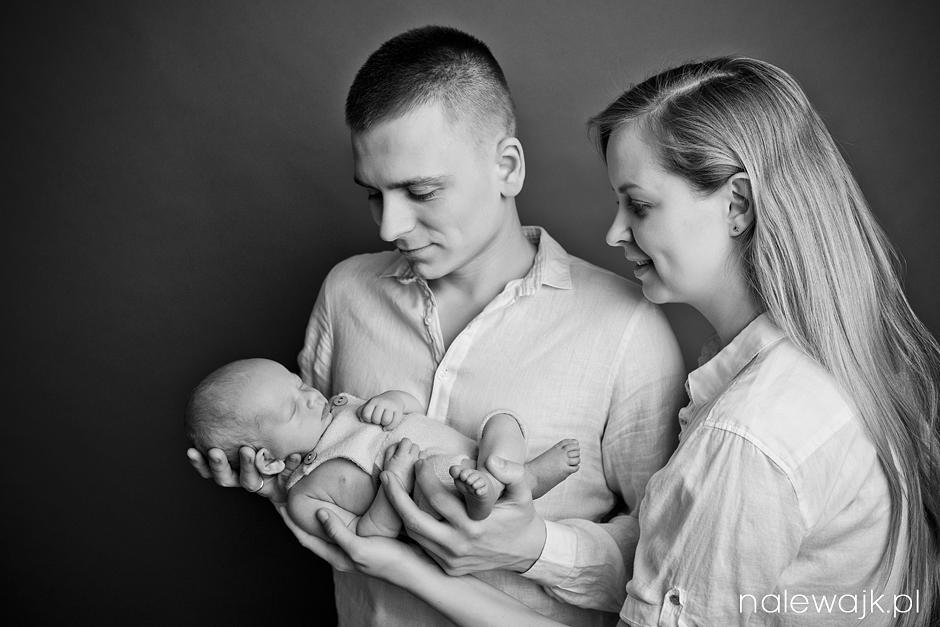 Fotografia rodzinna | Sesje noworodkowe, dziecięce w studio i w plenerze