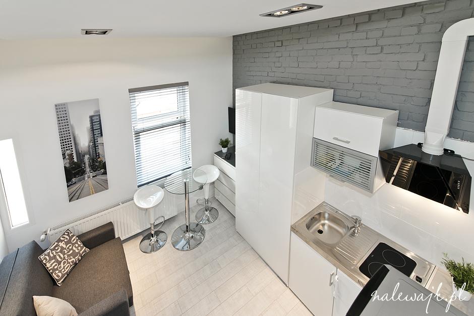 Mały apartament | zdjęcia wnętrz | fotografia mieszkań i domów do sprzedaży i na wynajem