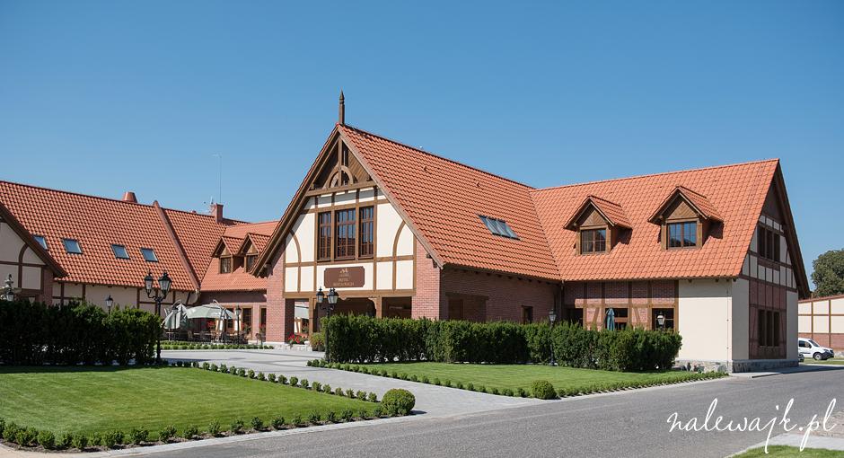 Pałac Poledno | Ślub cywilny w plenerze | Sala weselna | Lokal na przyjęcia rodzinne i firmowe